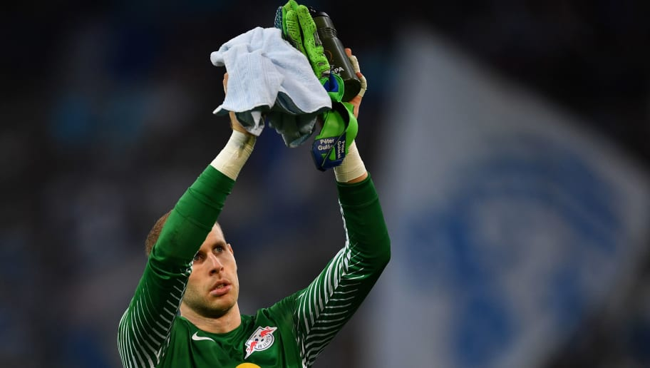 MARSEILLE, FRANCE - APRIL 12:  Peter Gulacsi of RB Leipzig salutes the fans at the end of the UEFA Europa League quarter final leg two match between Olympique Marseille and RB Leipzig at Stade Velodrome on April 12, 2018 in Marseille, France.  (Photo by Valerio Pennicino/Bongarts/Getty Images)
