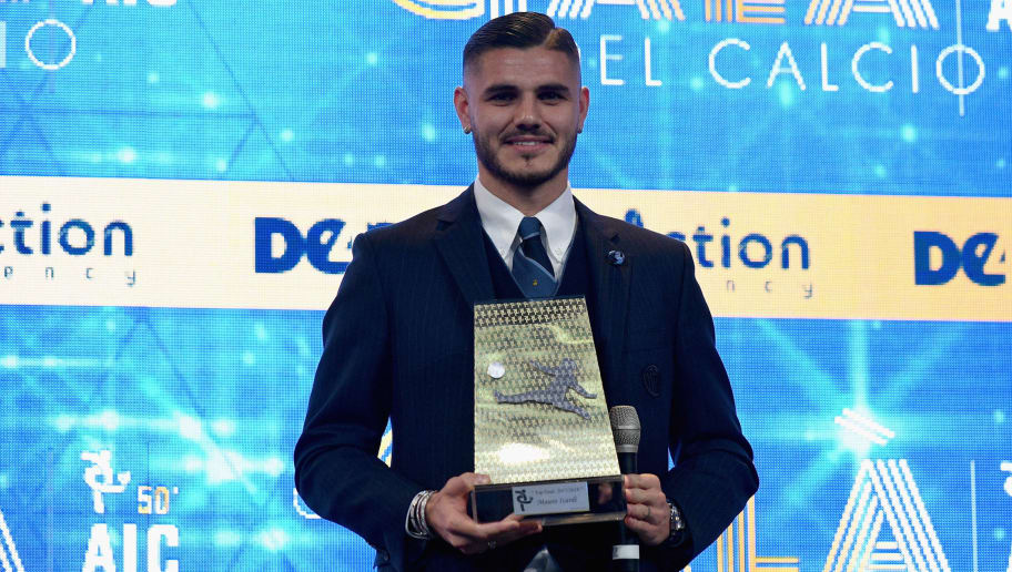 MILAN, ITALY - DECEMBER 03:  Mauro Icardi attends the Gran Gala Del Calcio 2018 on December 3, 2018 in Milan, Italy.  (Photo by Claudio Villa./Getty Images)