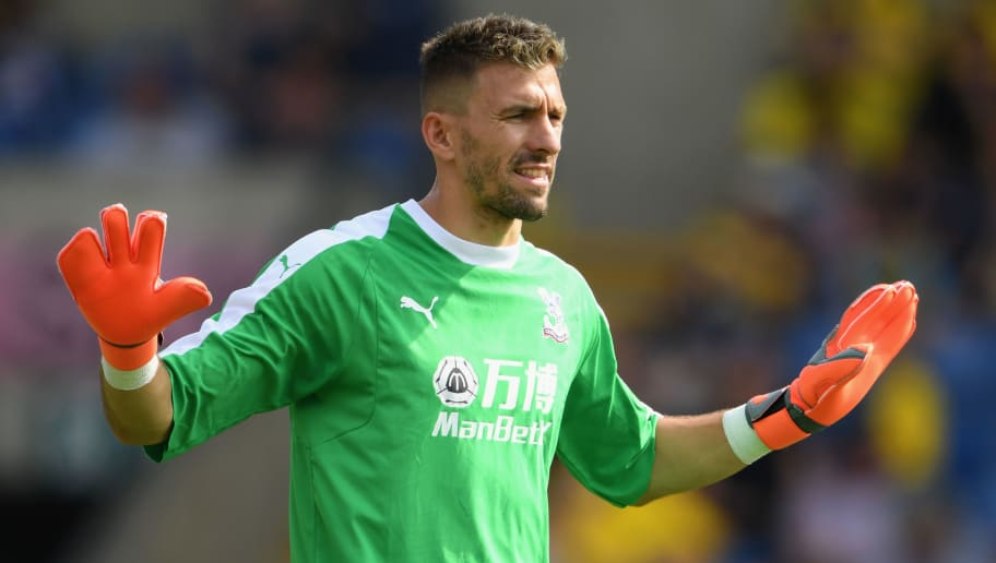 OXFORD, ENGLAND - JULY 21:  Crystal Palace goalkeeper Vicente Guaita pictured during a Pre-Season Friendly match between Oxford United and Crystal Palce at Kassam Stadium on July 21, 2018 in Oxford, England.  (Photo by Stu Forster/Getty Images)