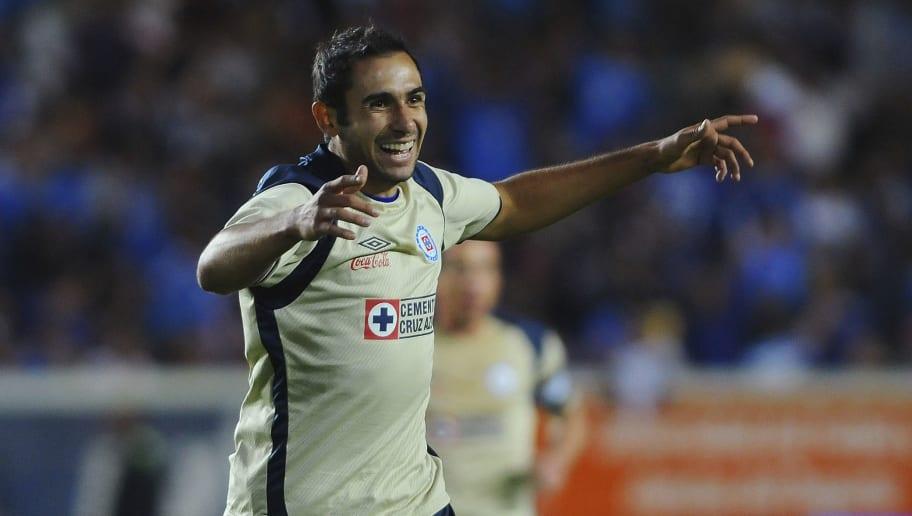 Pachuca v Cruz Azul - Clausura 2011