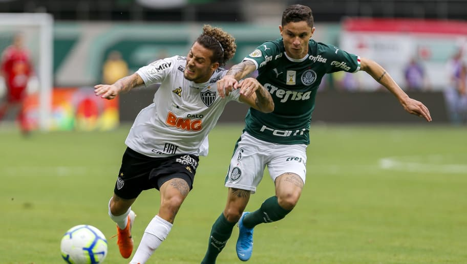 Além de Diogo Barbosa, Palmeiras surpreende nos bastidores e encaminha saída de defensor