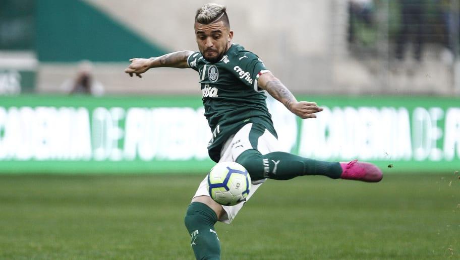 Após exigências do Palmeiras, Internacional bate o martelo sobre negociação envolvendo Victor Luis