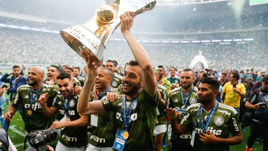 7e1d502338d Palmeiras renova contrato de lateral até o fim de 2022