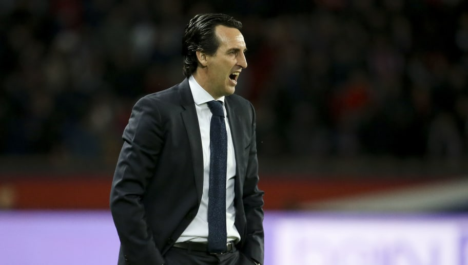 PARIS, FRANCE - APRIL 15: Coach of PSG Unai Emery during the Ligue 1 match between Paris Saint Germain (PSG) and AS Monaco (ASM) at Parc des Princes stadium on April 15, 2018 in Paris, . (Photo by Jean Catuffe/Getty Images)