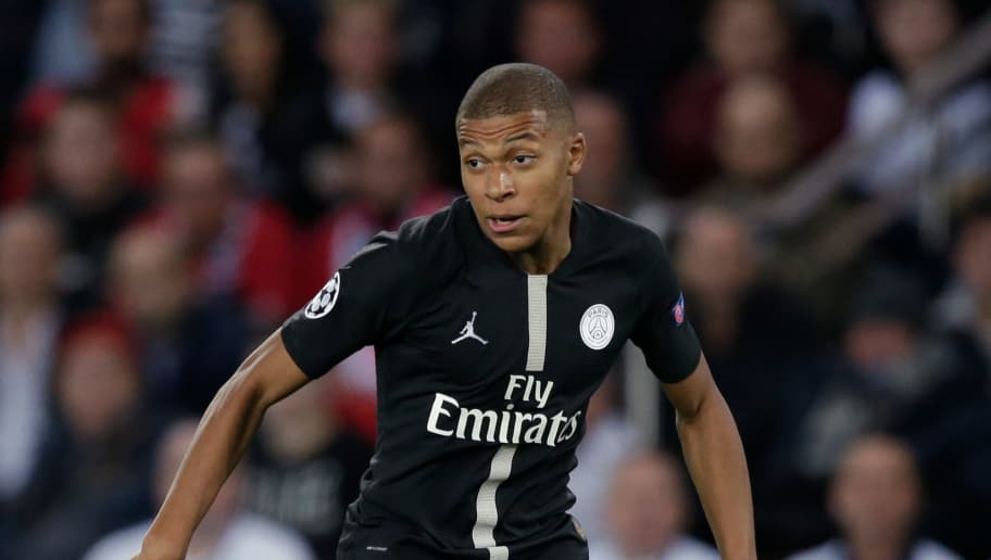 PARIS, FRANCE - OCTOBER 3: Kylian Mbappe of Paris Saint Germain during the UEFA Champions League  match between Paris Saint Germain v Crvena Zvezda at the Parc des Princes on October 3, 2018 in Paris France (Photo by Jeroen Meuwsen/Soccrates/Getty Images)