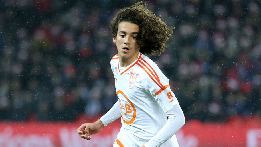 PARIS, FRANCE - DECEMBER 21: Matteo Guendouzi of Lorient in action during the French Ligue 1 match between Paris Saint-Germain (PSG) and FC Lorient at Parc des Princes stadium on December 21, 2016 in Paris, France. (Photo by Jean Catuffe/Getty Images)
