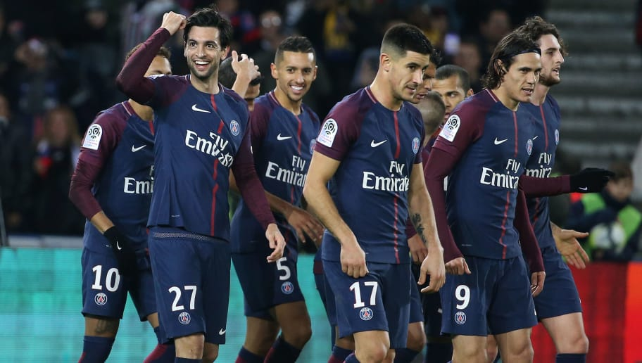 PARIS, FRANCE - NOVEMBER 18: Javier Pastore of PSG celebrates his goal with Marquinhos, Edinson Cavani, Yuri Berchiche, Adrien Rabiot during the French Ligue 1 match between Paris Saint Germain (PSG) and FC Nantes at Parc des Princes stadium on November 18, 2017 in Paris, France. (Photo by Jean Catuffe/Getty Images)