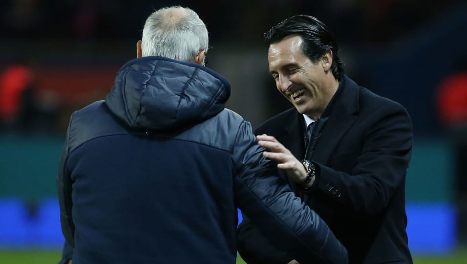 PARIS, FRANCE - NOVEMBER 18: Coach of PSG Unai Emery greets coach of FC Nantes Claudio Ranieri following the French Ligue 1 match between Paris Saint Germain (PSG) and FC Nantes at Parc des Princes stadium on November 18, 2017 in Paris, France. (Photo by Jean Catuffe/Getty Images)