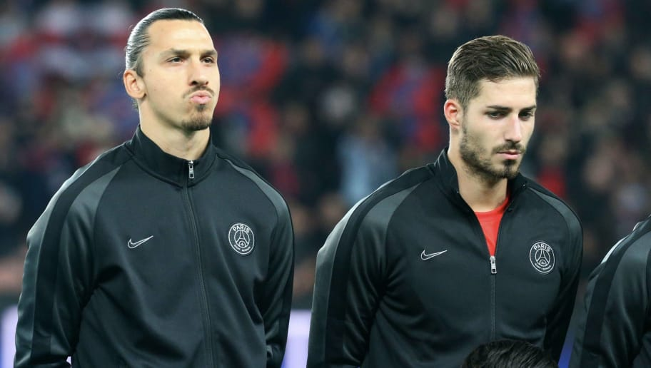 PARIS, FRANCE - DECEMBER 08:  Zlatan Ibrahimovic of Paris Saint-Germain react with Kevin Trapp during the UEFA Champions League between Paris Saint-Germain and Shakhtar Donetsk at Parc Des Princes on december 8, 2015 in Paris, France.  (Photo by Xavier Laine/Getty Images)