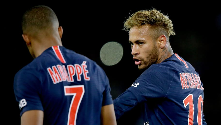 PARIS, FRANCE - OCTOBER 7: (L-R) Kylian Mbappe of Paris Saint Germain, Neymar Jr of Paris Saint Germain during the French League 1  match between Paris Saint Germain v Olympique Lyon at the Parc des Princes on October 7, 2018 in Paris France (Photo by Jeroen Meuwsen/Soccrates/Getty Images)