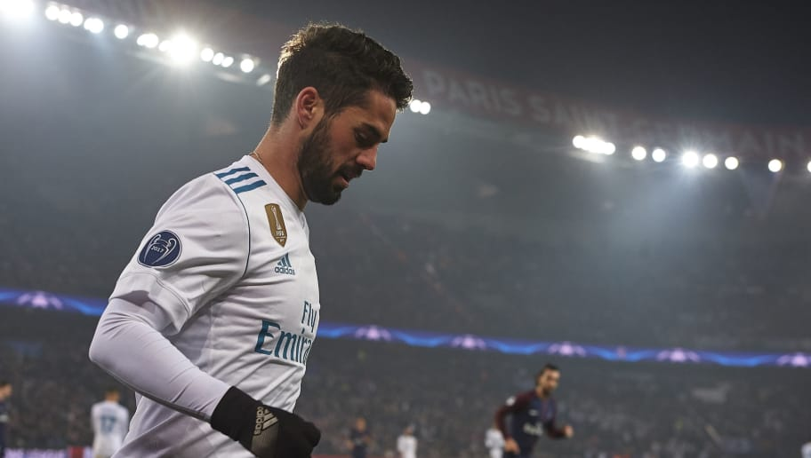 PARIS, FRANCE - MARCH 06: Isco of Real Madrid looks on during the UEFA Champions League Round of 16 Second Leg match between Paris Saint-Germain and Real Madrid at Parc des Princes on March 6, 2018 in Paris, France.  (Photo by Manuel Queimadelos Alonso/Getty Images)