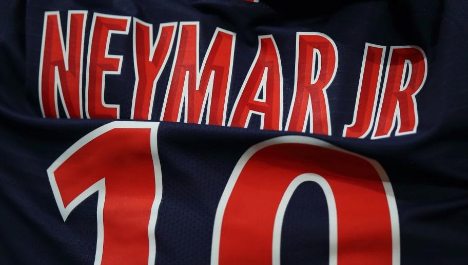 PARIS, FRANCE - SEPTEMBER 26:  The shirt of Neymar of Paris Saint-Germain / PSG during the Ligue 1 fixture between Paris Saint-Germain v Stade Reims at Parc des Princes on September 26, 2018 in Paris, France. (Photo by Matthew Ashton - AMA/Getty Images)