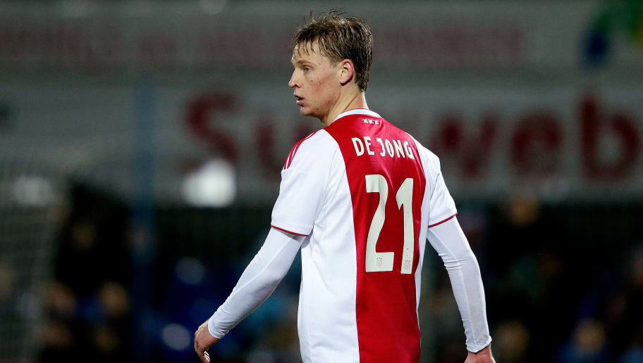 ZWOLLE, NETHERLANDS - DECEMBER 8: Frenkie de Jong of Ajax  during the Dutch Eredivisie  match between PEC Zwolle v Ajax at the MAC3PARK Stadium on December 8, 2018 in Zwolle Netherlands (Photo by Erwin Spek/Soccrates/Getty Images)