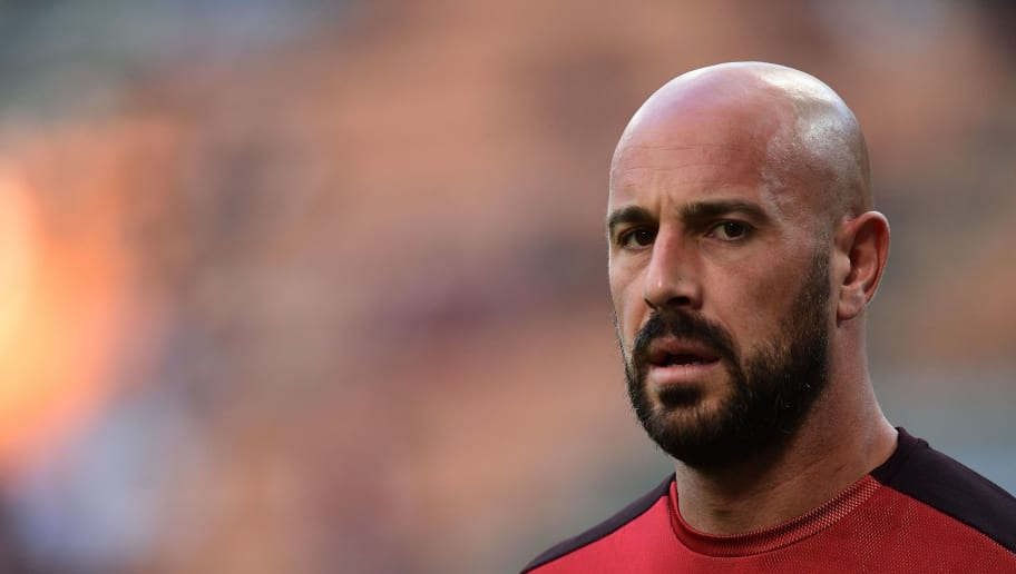 AC Milan's Spanish goalkeeper Pepe Reina looks on prior to the Europa League Group F football match between AC Milan and Olympiakos at the San Siro stadium on October 4, 2018 in Milan. (Photo by Miguel MEDINA / AFP)        (Photo credit should read MIGUEL MEDINA/AFP/Getty Images)