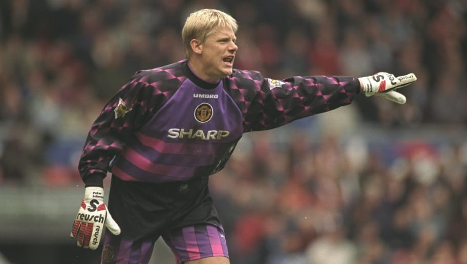 c5ef05afb84 12 of the Best Premier League Goalkeepers of the 1990s   90min