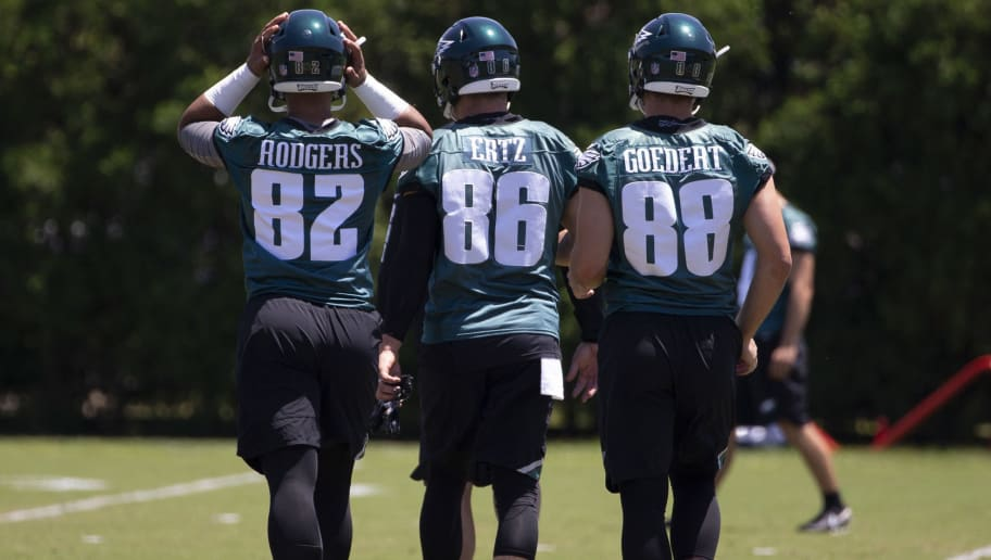 PHILADELPHIA, PA - JUNE 12: Richard Rodgers #82, Zach Ertz #86, and Dallas Goedert #88 of the Philadelphia Eagles walk onto the practice field during Eagles minicamp at the NovaCare Complex on June 12, 2018 in Philadelphia, Pennsylvania. (Photo by Mitchell Leff/Getty Images)