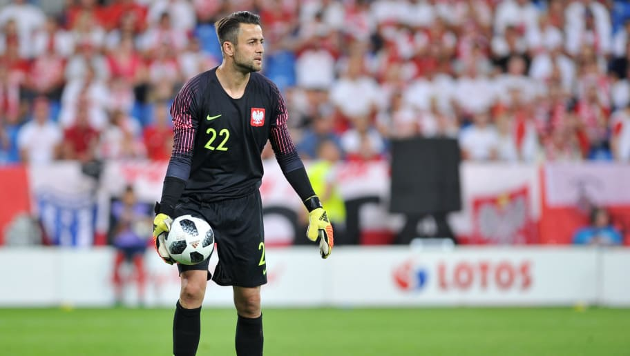 POZNAN, POLAND - JUNE 08: Lukasz Fabianski od Poland in action during International Friendly match between Poland and Chile on June 8, 2018 in Poznan, Poland. (Photo by Rafal Rusek/PressFocus/MB Media/Getty Images)
