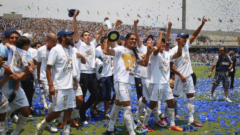 Pumas v Morelia - Clausura 2011