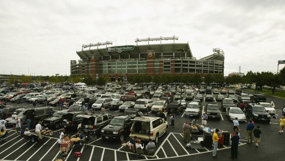 Raven fans fill lot