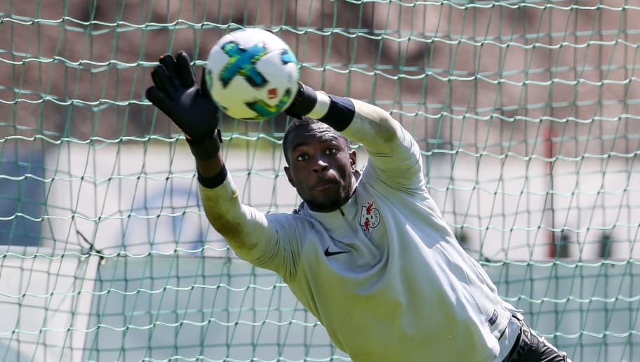 SEEFELD, AUSTRIA - JULY 21: Goalkeeper Yvon Mvogo of RB Leipzig controls the ball during the Training Camp of RB Leipzig on July 21, 2017 in Seefeld, Austria. (Photo by TF-Images/TF-Images via Getty Images)