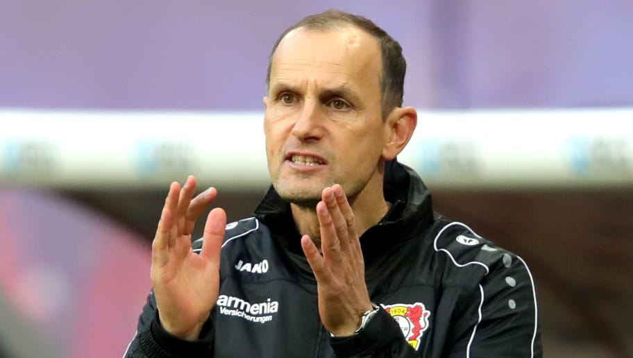 LEIPZIG, GERMANY - NOVEMBER 11:  Heiko Herrlich, head coach of Lerverkusen reacts during the Bundesliga match between RB Leipzig and Bayer 04 Leverkusen at Red Bull Arena on November 11, 2018 in Leipzig, Germany.  (Photo by Alexander Hassenstein/Bongarts/Getty Images)