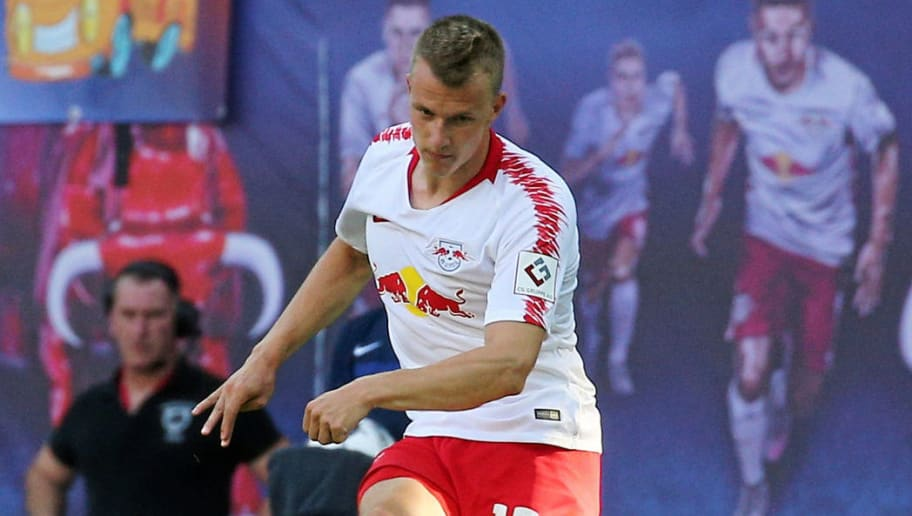LEIPZIG, GERMANY - JULY 26: Lukas Klostermann of RB Leipzig controls the ball during the UEFA Europa League Second Qualifying Round match between RB Leipzig and BK Haecken at Red Bull Arena on July 26, 2018 in Leipzig, Germany. (Photo by TF-Images/Getty Images)