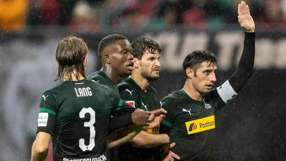 LEIPZIG, GERMANY - DECEMBER 02: Lars Stindl of Borussia Moenchengladbach gestures during the Bundesliga match between RB Leipzig and Borussia Moenchengladbach at Red Bull Arena on December 2, 2018 in Leipzig, Germany. (Photo by Boris Streubel/Bongarts/Getty Images)