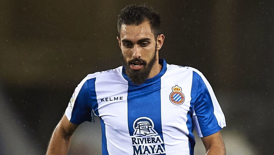 BARCELONA, SPAIN - NOVEMBER 05:  Borja Iglesias of Espanyol in action during the La Liga match between RCD Espanyol and Athletic Club at RCDE Stadium on November 5, 2018 in Barcelona, Spain.  (Photo by Quality Sport Images/Getty Images)
