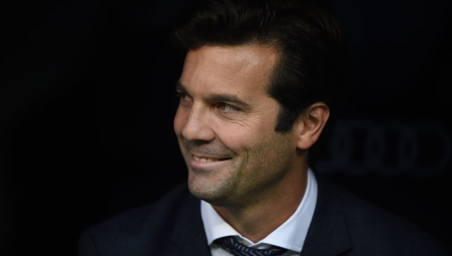 MADRID, SPAIN - NOVEMBER 03: Interim Santiago Solari, head coach of Real Madrid looks on before the start the La Liga match between Real Madrid CF and Real Valladolid CF at Estadio Santiago Bernabeu on November 03, 2018 in Madrid, Spain. (Photo by Denis Doyle/Getty Images)