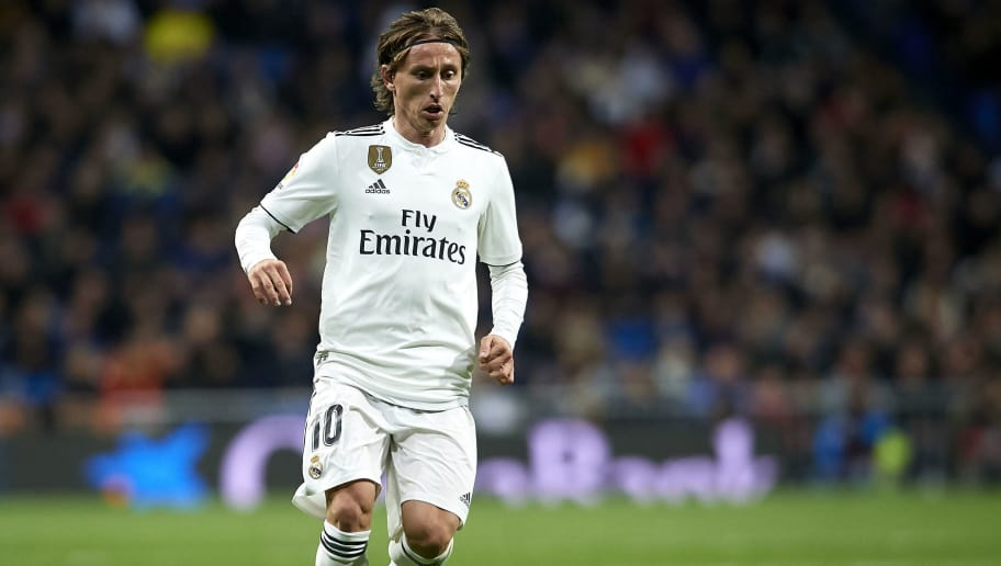 MADRID, SPAIN - DECEMBER 01: Luka Modric of Real Madrid in action during the La Liga match between Real Madrid CF and Valencia CF at Estadio Santiago Bernabeu on December 01, 2018 in Madrid, Spain. (Photo by Quality Sport Images/Getty Images)