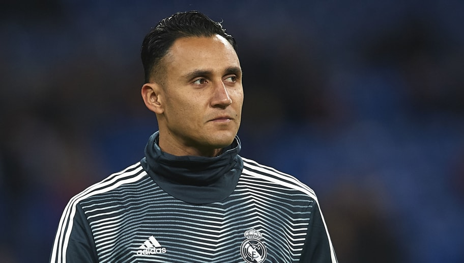 MADRID, SPAIN - DECEMBER 01: Keylor Navas of Real Madrid warms up prior to the La Liga match between Real Madrid CF and Valencia CF at Estadio Santiago Bernabeu on December 01, 2018 in Madrid, Spain. (Photo by Quality Sport Images/Getty Images)