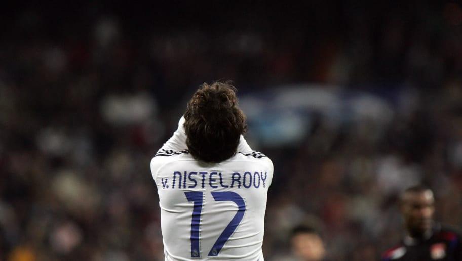 Real Madrid's Ruud Van Nistelrooy gestur