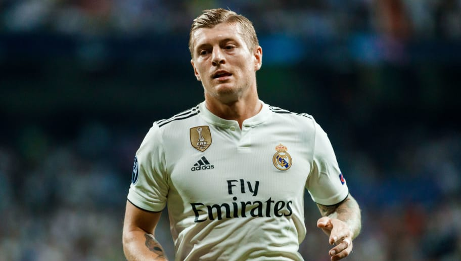 MADRID, SPAIN - SEPTEMBER 19: Toni Kroos of Real Madrid looks on during the UEFA Champions League Group G match between Real Madrid and AS Roma at Bernabeu on September 19, 2018 in Madrid, Spain. (Photo by TF-Images/Getty Images)