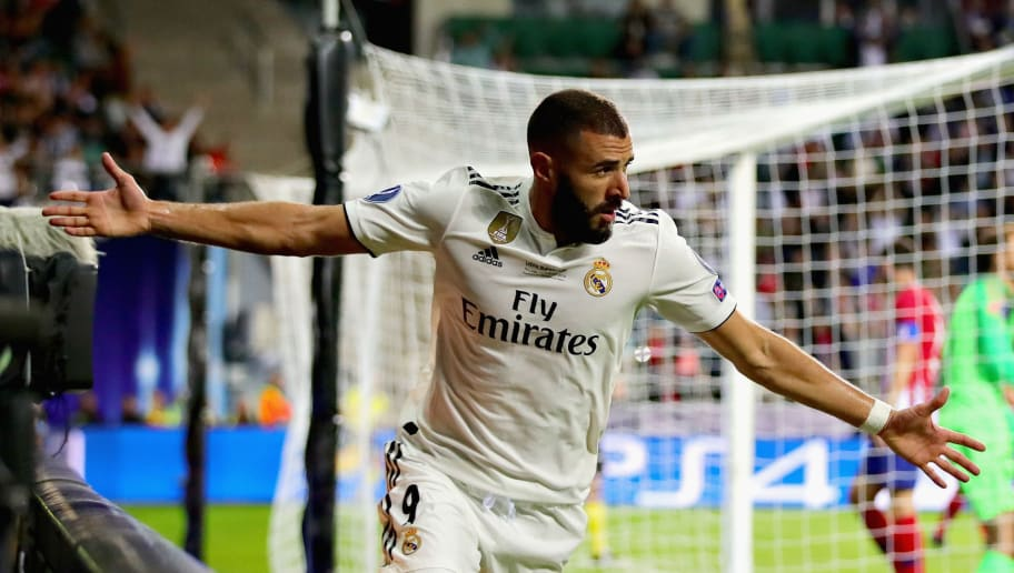 TALLINN, ESTONIA - AUGUST 15:  Karim Benzema of Real Madrid celebrates scoring his sides first goal during the UEFA Super Cup between Real Madrid and Atletico Madrid at Lillekula Stadium on August 15, 2018 in Tallinn, Estonia.  (Photo by Chris Brunskill/Fantasista/Getty Images)