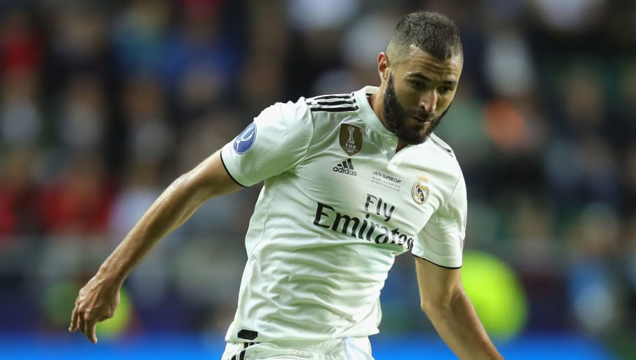 TALLINN, ESTONIA - AUGUST 15:  Karim Benzema  of Real runs with the ball during the UEFA Super Cup between Real Madrid and Atletico Madrid at Lillekula Stadium on August 15, 2018 in Tallinn, Estonia.  (Photo by Alexander Hassenstein/Getty Images)