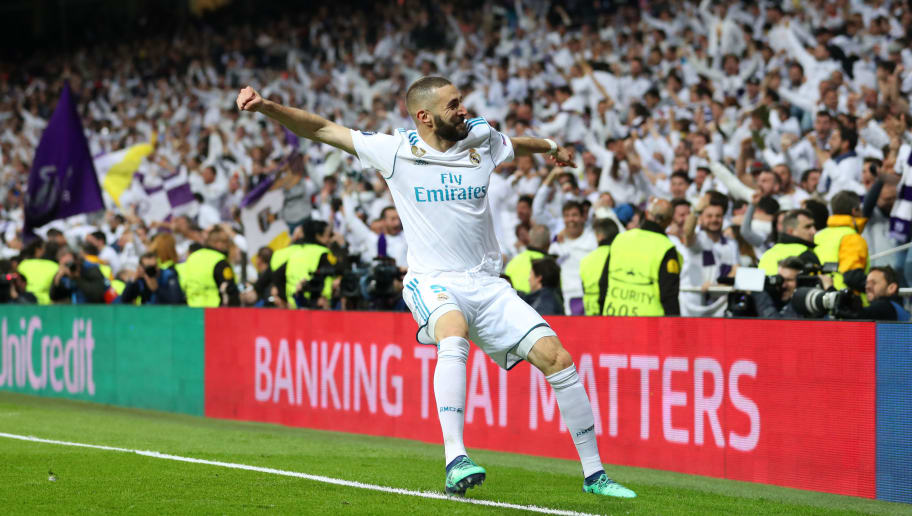 MADRID, SPAIN - MAY 01: Karim Benzema of Real Madrid celebrates after scoring his sides second goal during the UEFA Champions League Semi Final Second Leg match between Real Madrid and Bayern Muenchen at the Bernabeu on May 1, 2018 in Madrid, Spain. (Photo by Catherine Ivill/Getty Images)