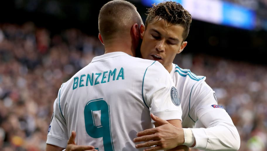 MADRID, SPAIN - MAY 01:  Karim Benzema of Madrid celebrates with Cristiano Ronaldo after scoring his teams first goal during the UEFA Champions League Semi Final Second Leg match between Real Madrid and Bayern Muenchen at the Bernabeu on May 1, 2018 in Madrid, Spain.  (Photo by Lars Baron/Bongarts/Getty Images)