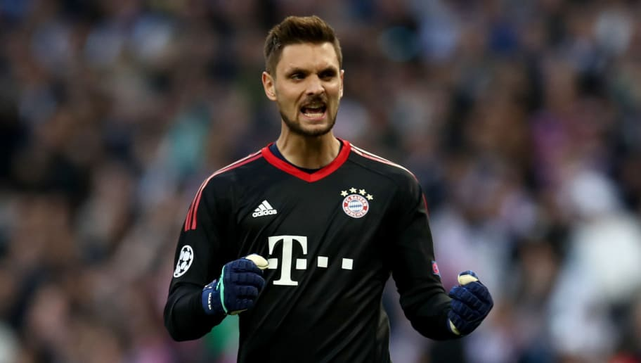 MADRID, SPAIN - MAY 01: Goalkeeper Sven Ulreich of Muenchen celebrates during the UEFA Champions League Semi Final Second Leg match between Real Madrid and Bayern Muenchen at the Bernabeu on May 1, 2018 in Madrid, Spain.  (Photo by Lars Baron/Bongarts/Getty Images)