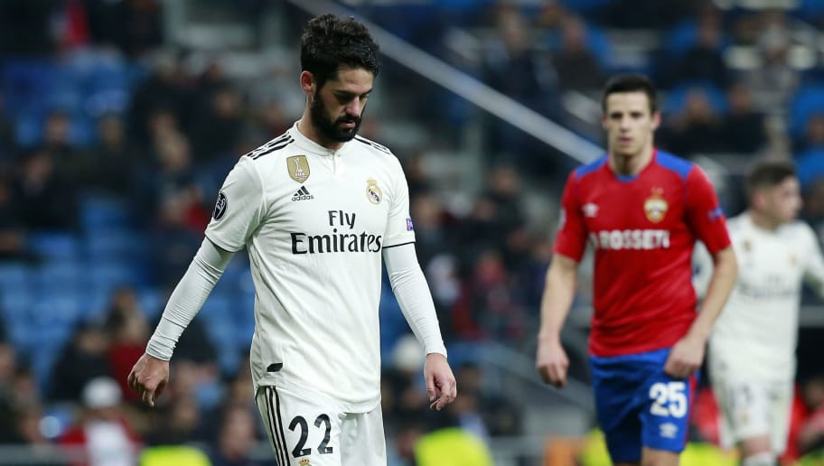 MADRID, SPAIN - DECEMBER 12:  Isco of Real Madrid reacts during the UEFA Champions League Group G match between Real Madrid  and CSKA Moscow at Bernabeu on December 12, 2018 in Madrid, Spain.  (Photo by Gonzalo Arroyo Moreno/Getty Images)