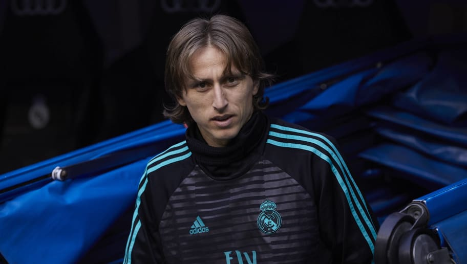 MADRID, SPAIN - APRIL 28: Luka Modric of Real Madrid CF walks to the bench prior to start the La Liga match between Real Madrid CF and Deportivo Leganes at Estadio Santiago Bernabeu on April 28, 2018 in Madrid, Spain. (Photo by Gonzalo Arroyo Moreno/Getty Images)