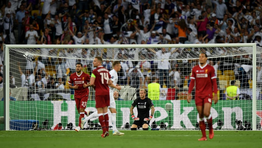 KIEV, UKRAINE - MAY 26:  Loris Karius of Liverpool looks dejected after letting his sides third goal in during the UEFA Champions League Final between Real Madrid and Liverpool at NSC Olimpiyskiy Stadium on May 26, 2018 in Kiev, Ukraine.  (Photo by Shaun Botterill/Getty Images)