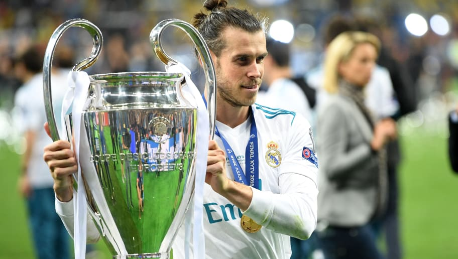 KIEV, UKRAINE - MAY 26: Gareth Bale of Real Madrid poses with the trophy after the UEFA Champions League Final between Real Madrid and Liverpool at NSC Olimpiyskiy Stadium on May 26, 2018 in Kiev, Ukraine.  (Photo by Michael Regan/Getty Images)