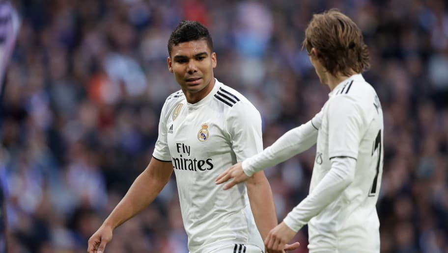 MADRID, SPAIN - NOVEMBER 3: (L-R) Casemiro of Real Madrid, Luka Modric of Real Madrid during the La Liga Santander  match between Real Madrid v Real Valladolid at the Santiago Bernabeu on November 3, 2018 in Madrid Spain (Photo by David S. Bustamante/Soccrates/Getty Images)