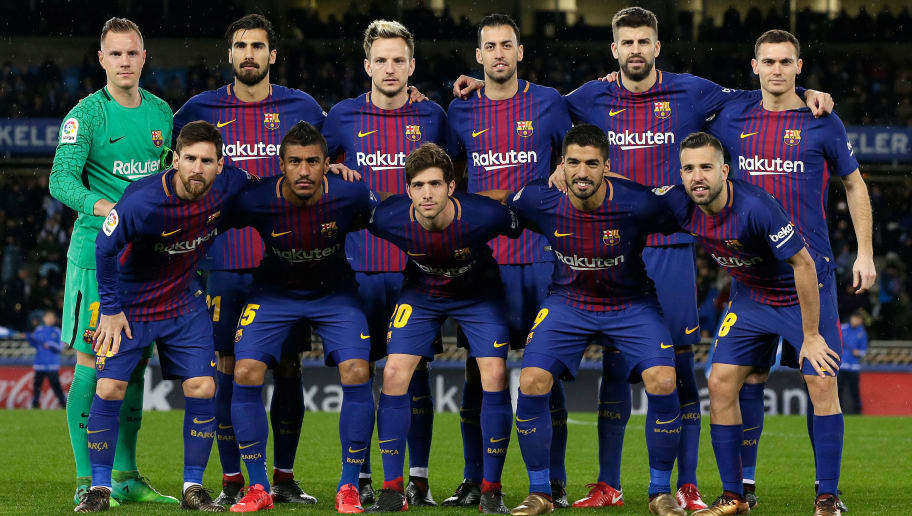 SAN SEBASTIAN, SPAIN - JANUARY 14: back (L-R): Marc Andre ter Stegen of FC Barcelona, Andre Gomes of FC Barcelona, Ivan Rakitic of FC Barcelona, Sergio Busquets of FC Barcelona, Gerard Pique of FC Barcelona, Thomas Vermaelen of FC Barcelona   front (L-R): Lionel Messi of FC Barcelona, Paulinho of FC Barcelona, Sergi Roberto of FC Barcelona, Luis Suarez of FC Barcelona, Jordi Alba of FC Barcelona  during the La Liga Santander  match between Real Sociedad v FC Barcelona at the Estadio Anoeta on January 14, 2018 in San Sebastian Spain (Photo by Laurens Lindhout/Soccrates/Getty Images)