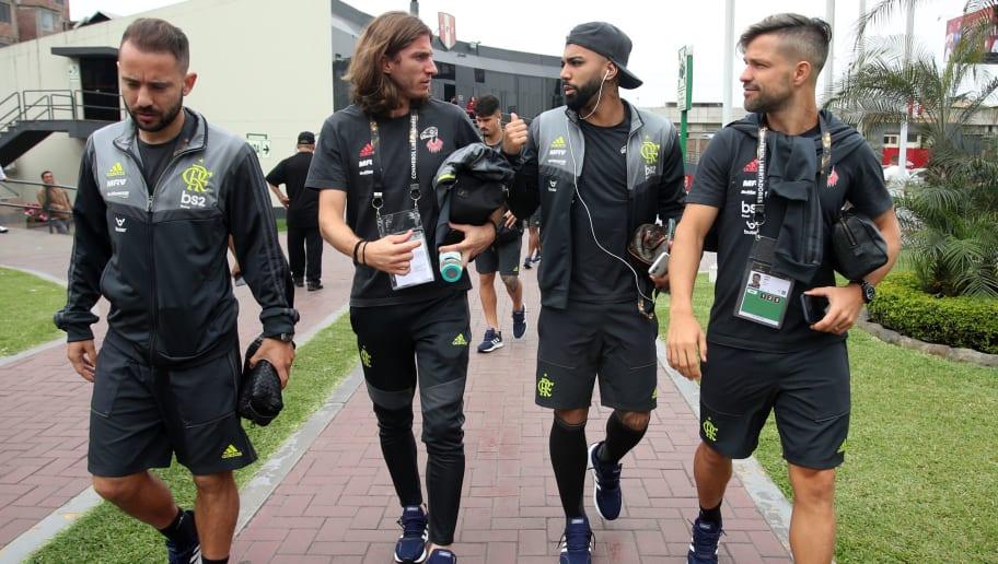 Everton Riveiro,Filipe Luis,Gabriel Barbosa,Diego