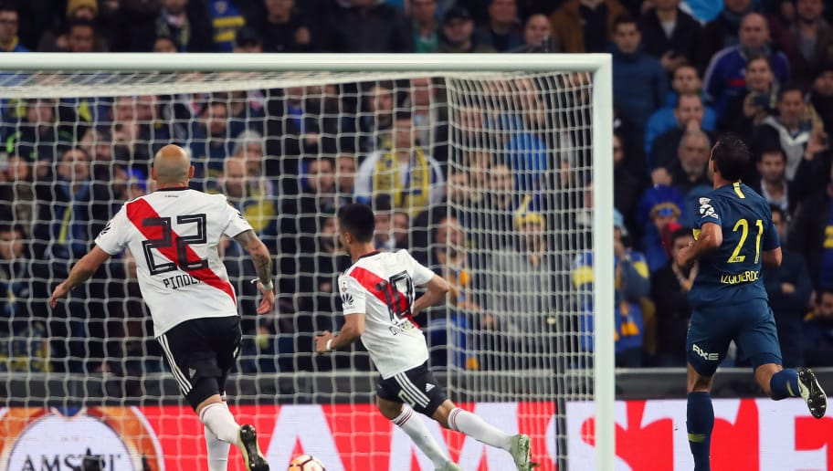 MADRID, SPAIN - DECEMBER 09:  Gonzalo Martinez of River Plate scores a goal to make the score 3-1 during the second leg of the final match of Copa CONMEBOL Libertadores 2018 between Boca Juniors and River Plate at Estadio Santiago Bernabeu on December 9, 2018 in Madrid, Spain. Due to the violent episodes of November 24th at River Plate stadium, CONMEBOL rescheduled the game and moved it out of Americas for the first time in history. (Photo by Matthew Ashton - AMA/Getty Images)