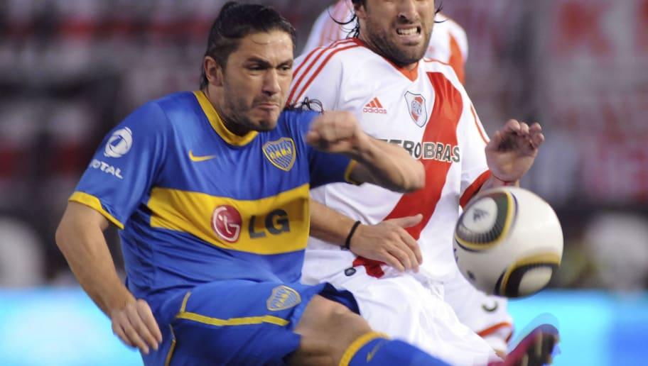 River Plate v Boca Juniors - IVECO Bicentenario Apertura