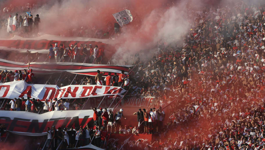 BUENOS AIRES, ARGENTINA - MARCH 06:  Fans, of River Plate, cheer during a match between River Plate and Boca Juniors as part of sixth round of Torneo Transicion 2016 at Monumental Antonio Vespucio Liberti Stadium on March 06, 2016 in Buenos Aires, Argentina. (Photo by Daniel Jayo/LatinContent/Getty Images)