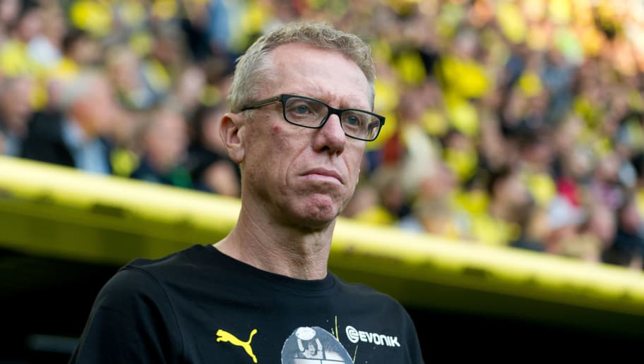 DORTMUND, GERMANY - SEPTEMBER 07: Head coach Peter Stoeger of Roman and Friends looks on during the Roman Weidenfeller Farewell Match between BVB Allstars and Roman and Friends at Signal Iduna Park on September 7, 2018 in Dortmund, Germany. (Photo by TF-Images/Getty Images)