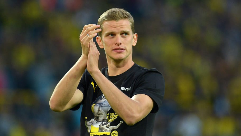 DORTMUND, GERMANY - SEPTEMBER 07: Verabschiedung Sven Bender looks on during the Roman Weidenfeller Farewell Match between BVB Allstars and Roman and Friends at Signal Iduna Park on September 7, 2018 in Dortmund, Germany. (Photo by TF-Images/Getty Images)